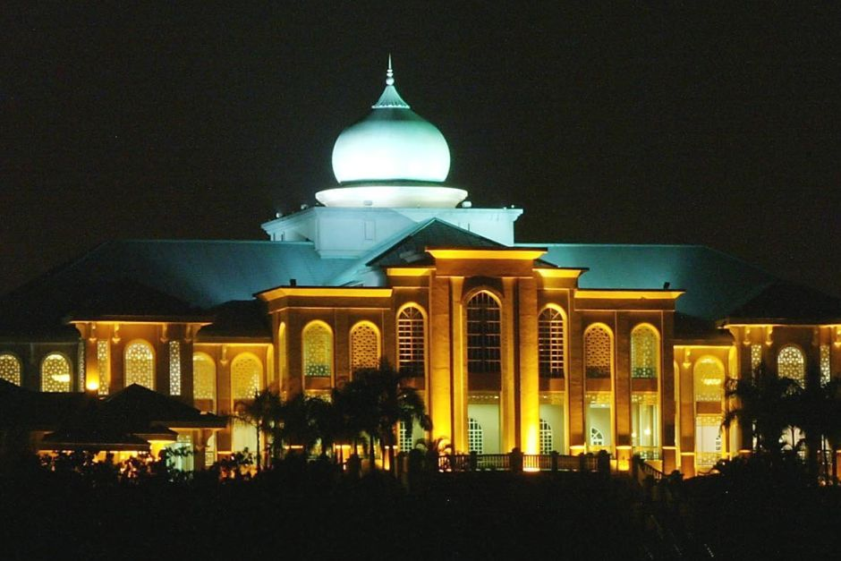 Chandeliers among items removed from Seri Perdana, claims Muhyiddin