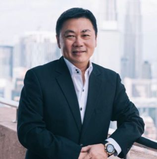 Hanley Chew, Founder of JustTonite
