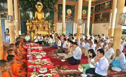 Cambodian PM calls for precautions over Covid-19 as Pchum Ben public holiday approaches
