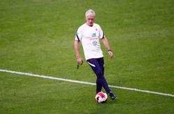 Soccer-Deschamps expecting respectful fight against Belgium