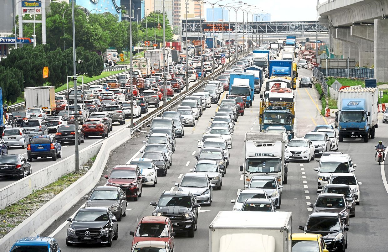 Single-occupancy vehicles are the main cause of traffic congestion in the country's cities like Kuala Lumpur.