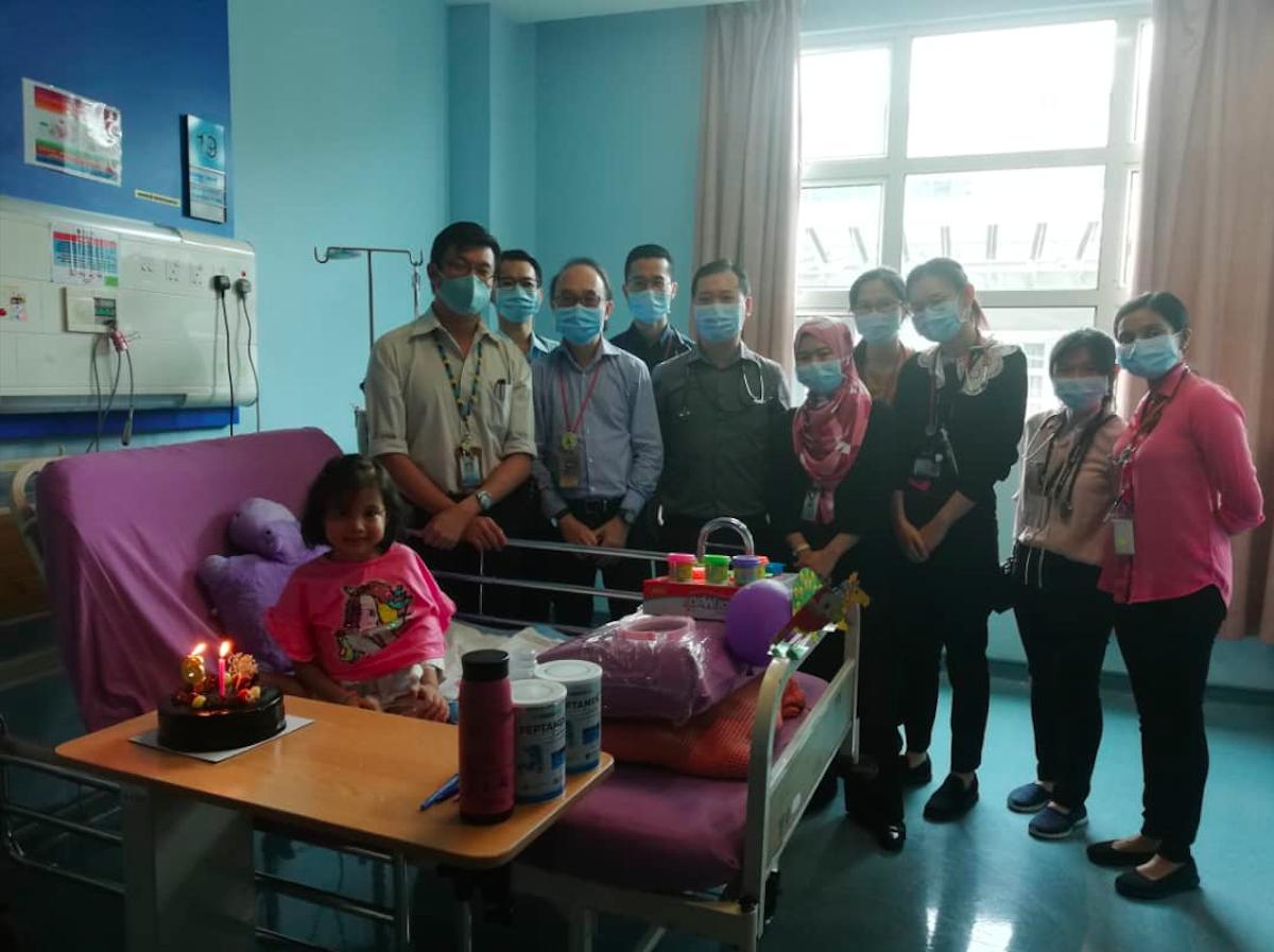 The UM hospital team celebrate Zephanie's sixth birthday. Photo: JK Joseph