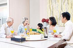 Grandparents vs parents: who has the last say?