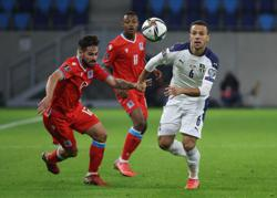 Soccer-Vlahovic keeps Serbia on course to reach World Cup