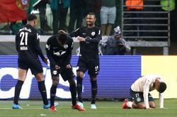 Soccer-Palmeiras' poor run extended in 4-2 loss to Bragantino