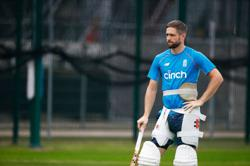 Cricket-England players 'desperate' to go to Australia for Ashes: Woakes
