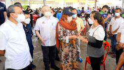 Govt will replace driving licences of Karak fire victims for free, says Dr Wee