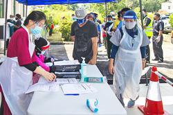 Brunei's mobile vaccination in Labi drive off to a good start