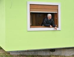 Bosnian makes rotating house so his wife can have a different view every day