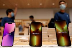 Apple set to cut iPhone production goals due to chip crunch