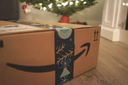 Amazon, third-party sellers spur fake goods, group says