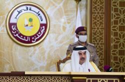Qatar emir appoints two women to advisory council after men sweep polls