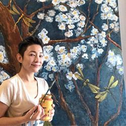 Self-taught Malaysian artist raising funds for underprivileged kids' education
