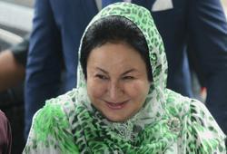 Court releases Rosmah's passport