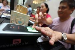 Philippines extends voter registration hours