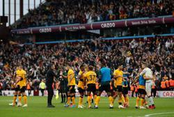 Soccer-Wolves grab last-gasp 3-2 win at Villa in derby thriller