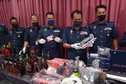 Over RM2.5mil worth of luxury car parts and booze seized in Johor