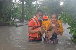Death toll from landslides and floods due to storm Kompasu hits 40 in Philippines
