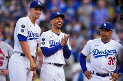 Dodgers, Max Scherzer favored to even NLCS at Braves in Game 2