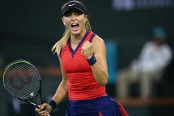 Tennis-Badosa outworks Azarenka to win Indian Wells title