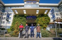 Separatists end blockade of hotel housing conflict monitors in eastern Ukraine
