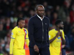 Soccer-Vieira frustrated after Palace throw away win