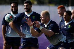 Rugby-Two new caps for Boks, but Steyn calls time on international career