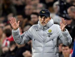 Soccer-Tuchel backs Chelsea players to handle heavy workload
