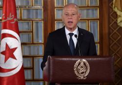 EU urges Tunisia's president to reopen parliament