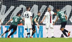 Soccer-Coates double steers Sporting to 4-1 win at Besiktas