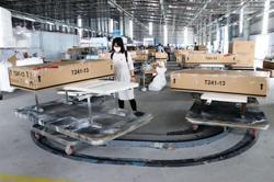 Vietnam's economy on verge of stable and rapid recovery