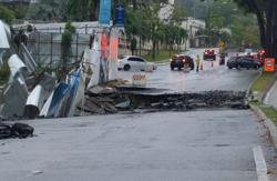Jalan Sri Hartamas 1 in KL closed to traffic after sinkhole appears