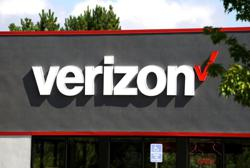 Verizon beats expectations for postpaid phone subscriber additions