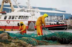 France bracing for possible sanctions against Britain in fishing row - govt spokesman
