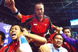 2002 Thomas Cup hero Hendrawan hands it to current champions