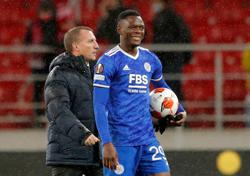 Soccer-Four-goal Daka leads Leicester to comeback win at Spartak