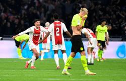 Soccer-Mentality again an issue for Dortmund after Ajax demolition