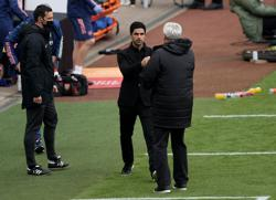 Soccer-'I was sad after reading Bruce's statement', says Arsenal boss Arteta