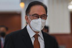 Melaka polls: Norhizam will not be a Pakatan candidate, says Anwar