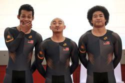 'Reach the finish line first,' Azizul tells Fadhil and Shah Firdaus