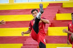 Red Giants' Suarez lookalike fast becoming a big hit