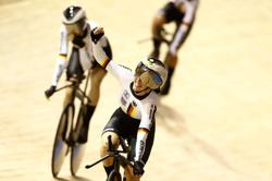 Cycling-Olympic champions Italy, Germany win team pursuits at world championships