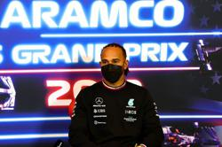 Motor racing-Hamilton wants F1 return to Africa as well as U.S. expansion