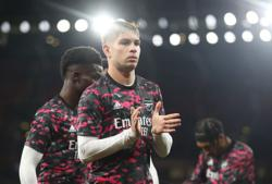 Soccer-Arsenal did not consider selling Smith Rowe to Villa, says Arteta
