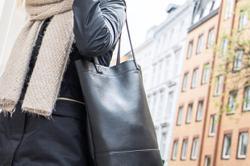 When handbags cause you pain