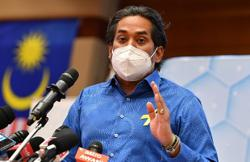 Khairy: Remember to wear your face masks after eating when dining out