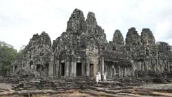 Cambodia resumes issuance of tourist visas