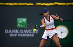 Tennis-Raducanu's Romania run to be in front of empty stands