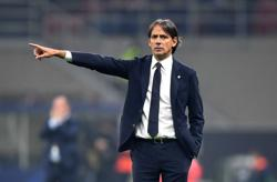 Soccer-Inter boss Inzaghi calls for response to Lazio defeat against Juve