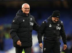 Soccer-Watford reacted well after Liverpool thrashing to stun Everton - Ranieri
